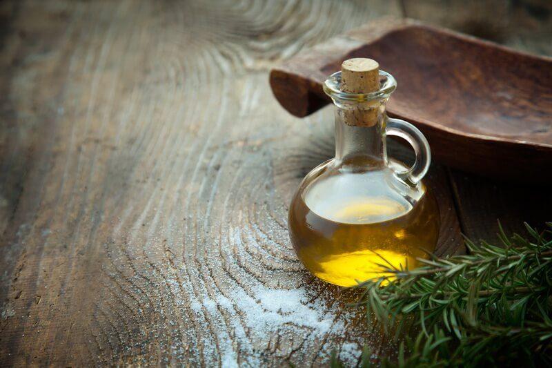 cách dưỡng da bằng dầu oliu